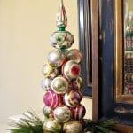 2 Minute Knitting Needle Ornament Tree