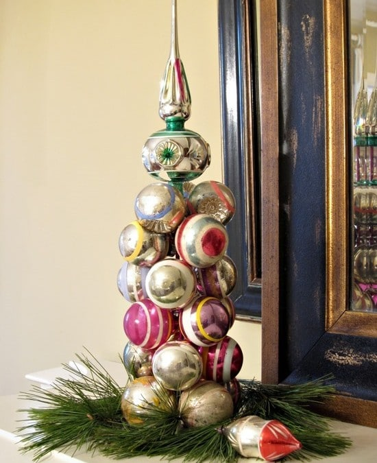 2 Minute Knitting Needle Ornament Tree