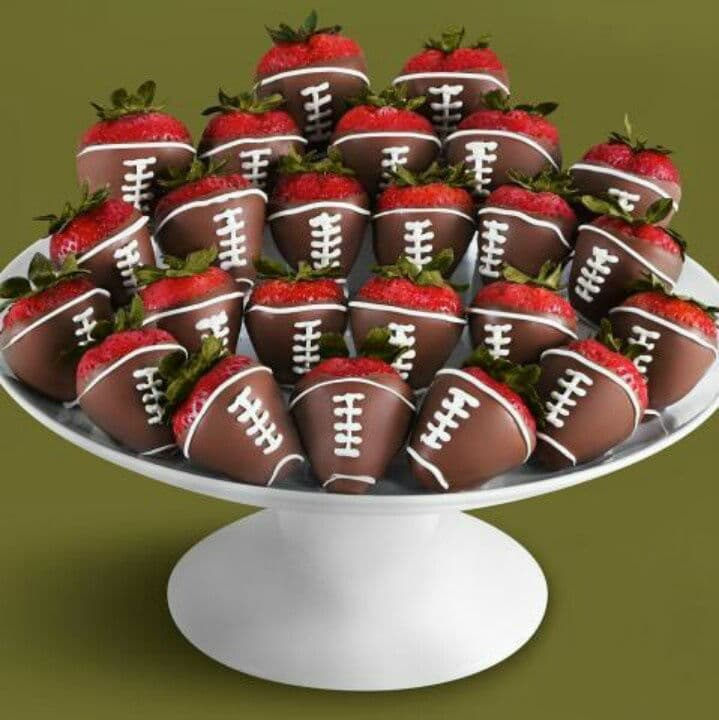 Super Bowl Party Ideas 18 fun superbowl party ideas - giddy upcycled