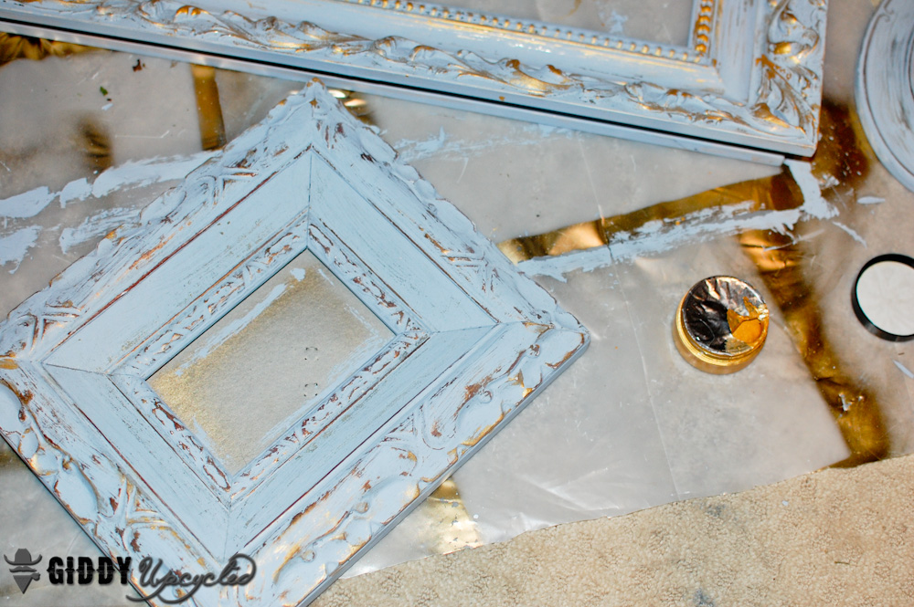 How To Create a Distressed French Vintage Look With Chalky Finish ...