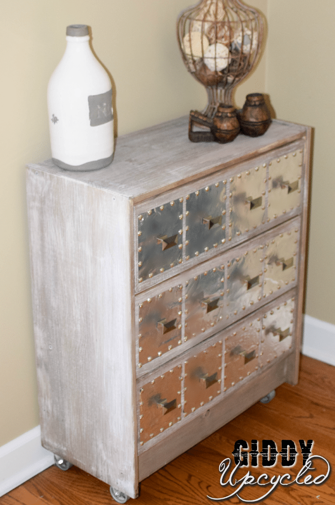 Watch additionally Spectacular Ikea Malm 4 Drawer Dresser Decorating Ideas Gallery Bedroom Contemporary Design Ideas furthermore Watch furthermore 40322126 as well 40315296. on ikea 4 drawer dresser