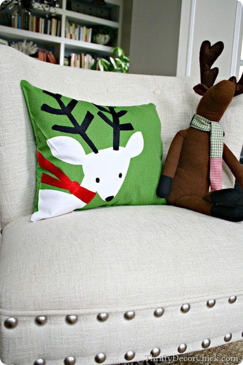 DIY Festive Christmas Pillows – SUPER EASY Project!