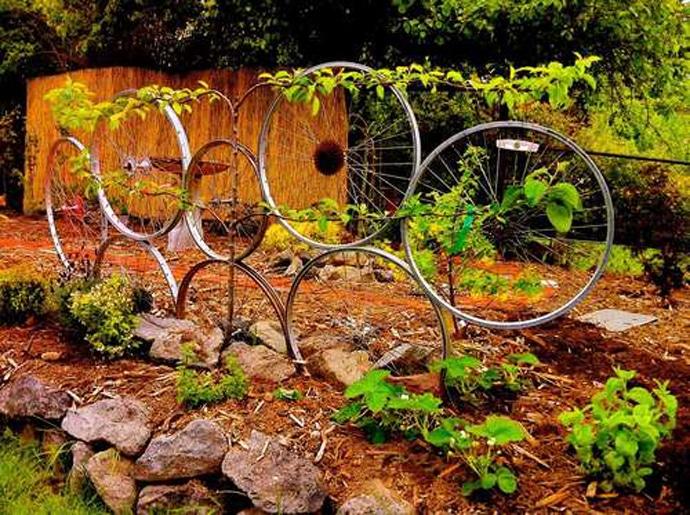 giddyupcycled-garden-trellis