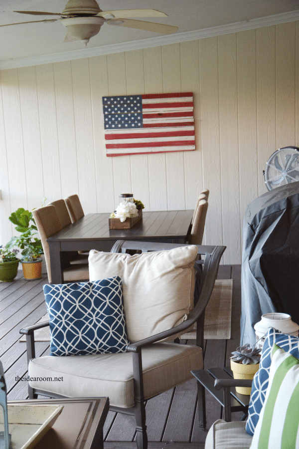American Flag Wall Art Made From Upcycled Pallets!