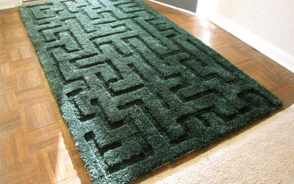 Hedge Maze Area Rug – You won't believe this!!
