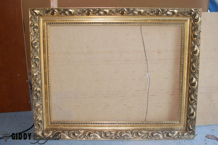 distressed-vintage-frames-giddyupcycled-3