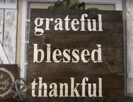 Pallet Wood Sign | Grateful Blessed Thankful